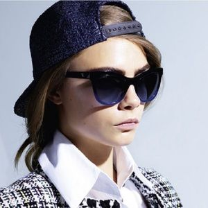 Chanel SS16 Eyewear Poster Cara Delevingne